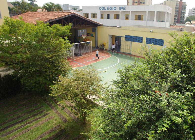 Área Interna Colégio Ipê